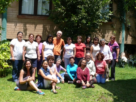 alumnos del Curso con el Instructor Biólogo Carlos Gómez