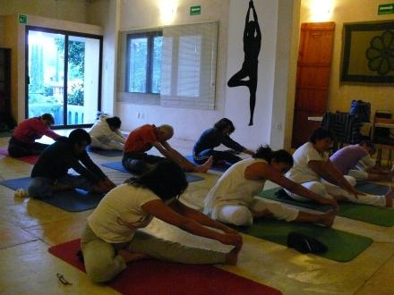 mas Kundalini Yoga
