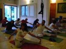 trabajando en Kundalini Yoga