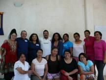 El grupo de alumnos que participó en este primer Curso y el Instructor