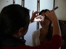 La observación del iris con lampara y lupa