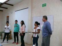 Presentando al grupo y a la Instructora el diagnostico realizado